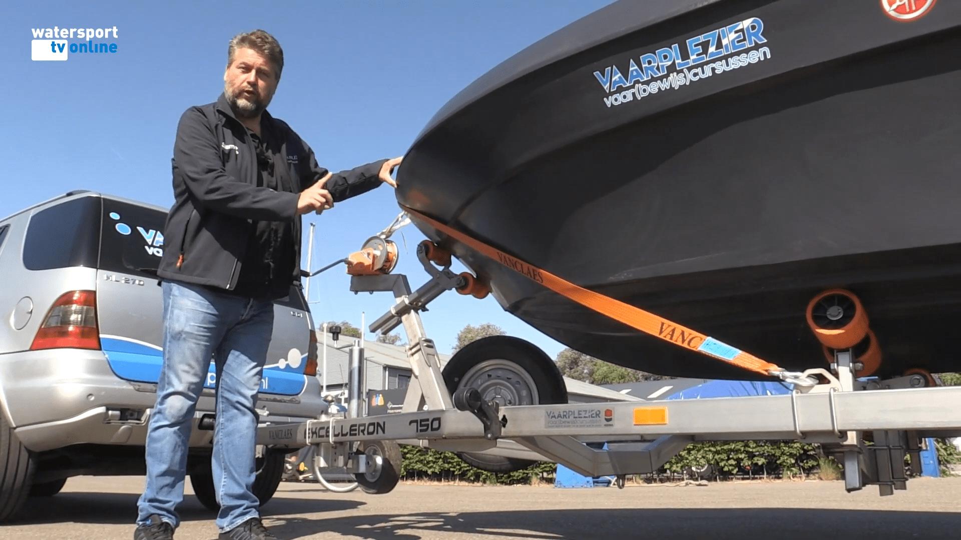 boottrailer trailerhelling boottrailerrijden rijden met boottrailer, Boottrailer rijden en hellen, Vaarplezier